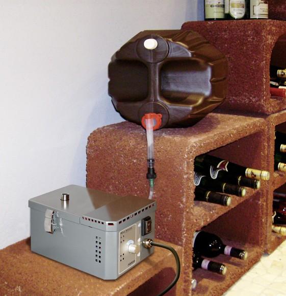 humidificateur de caves vin winemaster fondis hygromaster kit r servoir eau de 20 litres. Black Bedroom Furniture Sets. Home Design Ideas